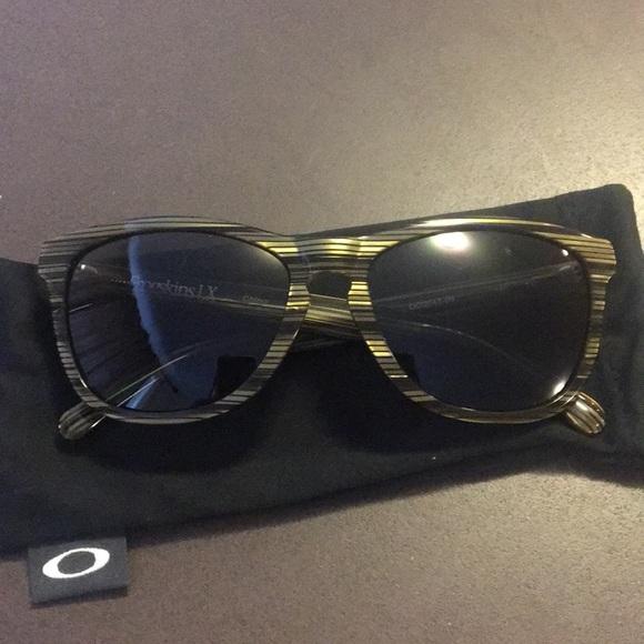 defd637f9e5ba Authentic Oakley frogskin LX polarized sunglasses.  M 5aa2c80072ea88908ef74221. Other Accessories ...